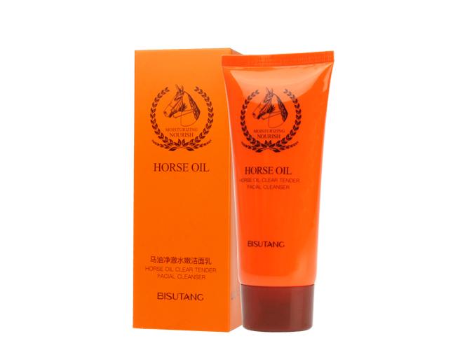 Limpiador facial de aceite de caballo, retiene la humedad en la piel  dejándola suave y tersa.
