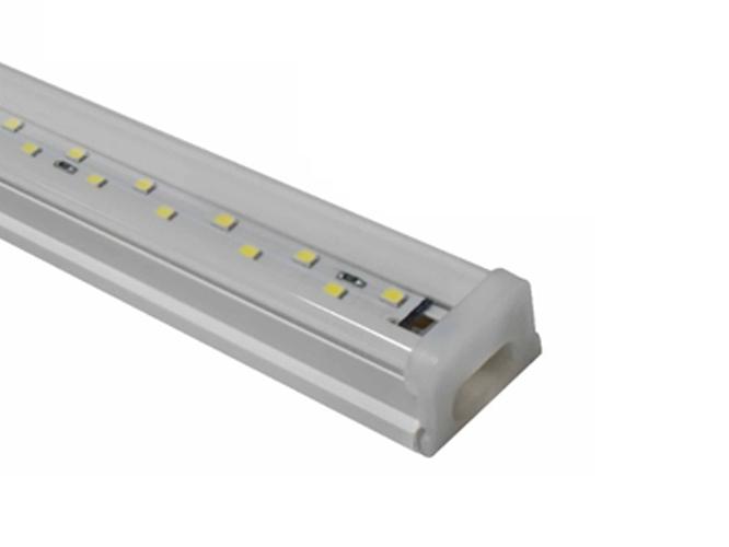LUMINARIO LED T8W24A04