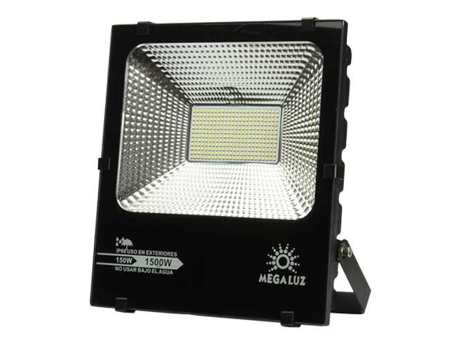 reflector megaluz llr-001 r150w006, 150w, equivale a 1500w, ip66, para uso en exteriores
